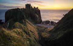 Dawn at Dunnottar Castle (ScottSimPhotography) Tags: dawn sun sunrise morning sea ocean northsea coast coastal cliffs dunnottar dunnottarcastle stonehaven aberdeen aberdeenshire scotland scottish britain uk landscape seascape ancient castle