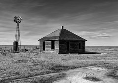 Nothing More to Give (ddurham000) Tags: farm farmhouse colorado abandoned pawneegrasslands windmill prairie