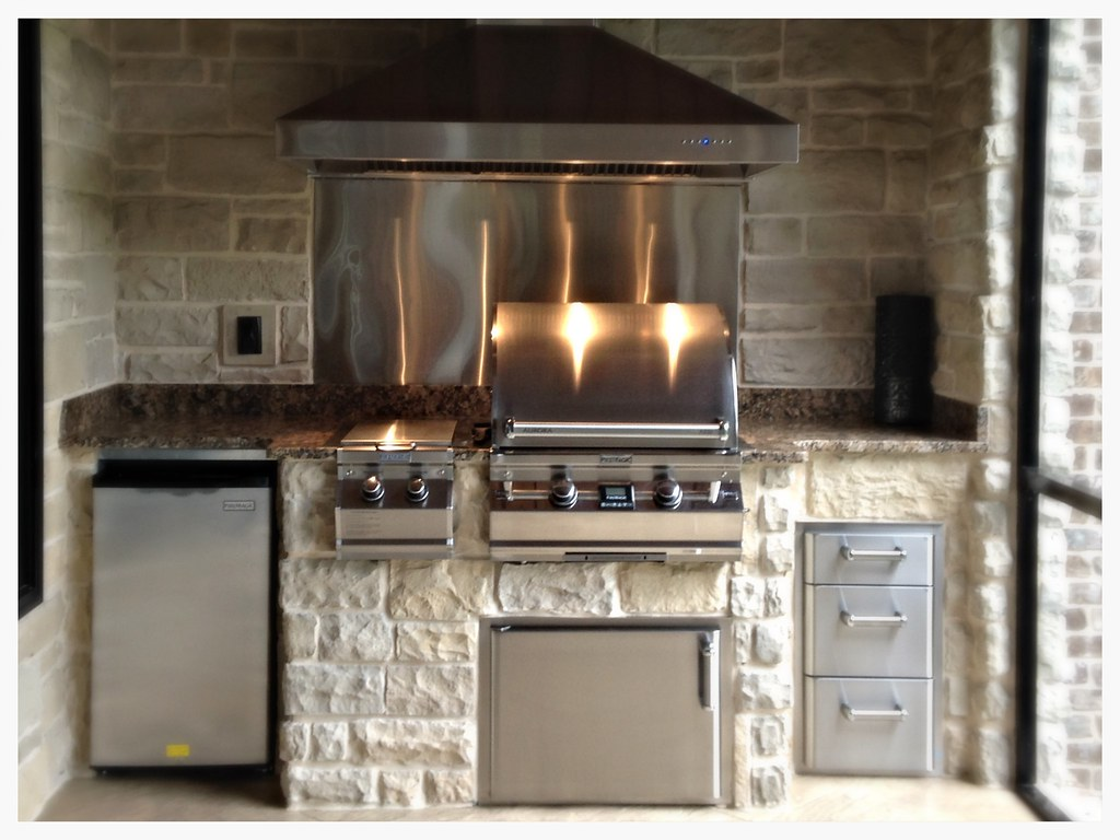 Custom Outdoor Kitchen. Fire Magic A530i with double side burner, storage and refrigerator. Dayton, Tn.