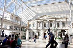 The Charles Engelhard Court at The Met (lydia_x_liu) Tags: york museum eos is united bank usm efs metropolitan f28 1755mm charlesengelhardcourt citycanon statesnew 50dcanon artbranch
