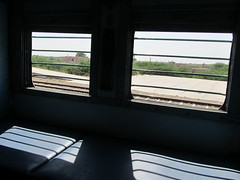 "Train Jaisalmer-Jodhpur <a style=""margin-left:10px; font-size:0.8em;"" href=""http://www.flickr.com/photos/127723101@N04/22250443489/"" target=""_blank"">@flickr</a>"