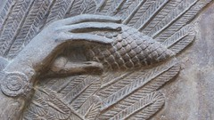 les mains du génie (3) (canecrabe) Tags: museum pin louvre musée génie pommedepin khorsabad assyrie dursharrukin bénisseur