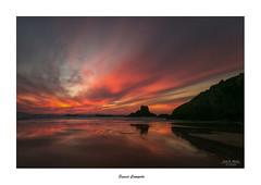 Sunset Campelo... (Canconio59) Tags: campelo meiras ferrol galicia españa spain sunset ocaso mar sea beach playa cielo sky nubes clouds