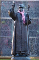 Winter Woolies (metrogogo) Tags: winterwoolies scarve scarf bishop cathedral stphilips birmingham statue staff stainedglass robes plinth pinkscarve knitted birminghamuk january 2017 welldressed crochett tazzles baroquechurch baroquecathedral