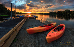 Sunset in Deer Lake Park (erwin.delfin_photography) Tags: summer sunset deerlakepark kayak reflections lake water waterscape landscape