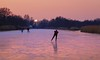 Enjoying miles of natural ice until sunset (B℮n) Tags: wijdemeren ankeveense plassen ice skating ijspret ijs iceskating thenetherlands holland iceskate schaatsen waterland elfstedentocht natuurijs ijstochten wintertime skatingonnaturalice dutchskaters schaatseninwaterland skateoutdoor schaats schaatsgekte bevrorenmeer nearamsterdam wijwillenijsvrij dutch tradition seaofice polders sneeuw snow skates koekenzopie speedskaters frigidconditions cold winter hailing ijsoppervlakte dichtbevroren schaatsrijders schaatstocht genieten enjoy pleasure ijzers sunshine freeze noren klapschaatsen klapschaats skaters pootjeover nederland netherlands kids children fun sun sunset 100faves topf100
