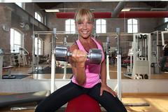 Isa (Hkan Dahlstrm) Tags: portrait woman training photography se skne sweden cropped f56 fitness gym malm isa 2015 ef1740mmf4lusm skneln canoneos5dmarkii malmn sek 24323082015181934 isakjellsdotter kjellsdotter