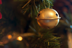 Golden balls (341/366) (AdaMoorePhotography) Tags: christmas xmas decorations tree nikon d7200 105mm 18105mm 105mmf28
