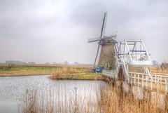 Dutch Classic (blavandmaster) Tags: winter himmel clouds ciel gratitude countryside landschaft paysage storybook februar thenetherlands windmühle incredible wolken 24105 christiankortum flus canon rhine 2017 rivière landscape water wasser happy mill colours mighty strong fields windmill river lovely interesting harmonic frost fevrier light rhin hiver meulen complete eos6d moulin perfect rhein february nuages eau sky mühle