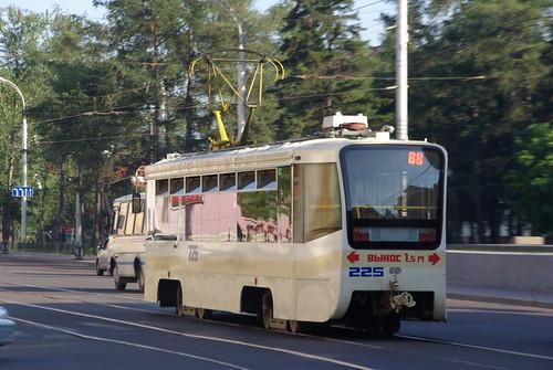 Irkutsk tram 71-619K 225 ©  trolleway