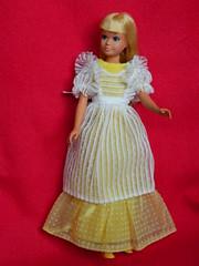 VINTAGE MOD SUNSET MALIBU SKIPPER BARBIE DOLL w/ GET-UPS 'N GO 7847 OUTFIT (laika*2008) Tags: vintage mod sunset malibu skipper barbie doll w getups n go 7847 outfit flower girl