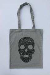 Swirly Skull Tote (grey) (Wayne Chisnall) Tags: pink blue red orange green yellow skulls skeleton grey screenprint lilac cotton bones forgetmenot bags tote shopper totes deathshead totebags shoppingbags tattoodesign screenprints artprints tattoodesigns sull deathhead screnprint cottonshoppingbags cottontotes artbags skulldesign cottonshoppingbag skulldesigns shopperbags skeletondesign artistsscreenprints colouredtotes skeletondesigns artistsbags greygreenlilac artshoppingbags