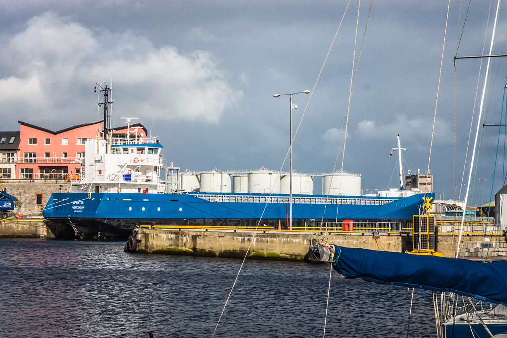 GALWAY HARBOUR AND DOCKLANDS [AUGUST 2015] REF-107517