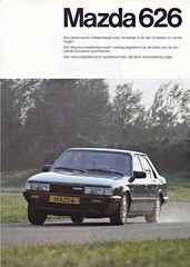 Mazda 626 brochure 1982 (sjoerd.wijsman) Tags: auto cars car 1982 voiture vehicle mazda brochure fahrzeug mazda626 626 folleto prospekt carbrochure opuscolo brochura broschyr autobrochure