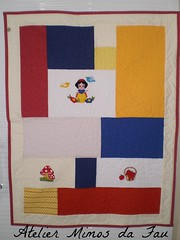 Manta Infantil Branca de Neve (Atelier Mimos da Fau) Tags: quilt patchwork aplicao brancadeneve bordadoamo mantabeb mantainfantil patchapliqu