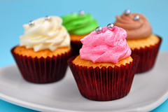 Assorted Cupcakes (jh_tan84) Tags: pink blue food brown white green dessert cupcakes buttercream foodphotography