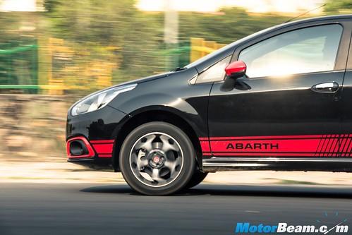Fiat-Abarth-Punto-19
