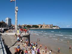 Gijn (Rafa Gallegos) Tags: espaa beach spain gijn playa playadesanlorenzo principadodeasturias