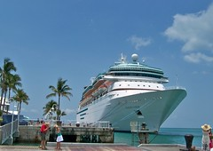 USA (Florida-Key West)  Majesty of Seas (ustung) Tags: us florida keywest cruise ship majesty sea port kodak