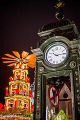 Christmas Clock (Groovy0815) Tags: christmasmarket hannover weihnachtsmarkt christmaspyramide pyramide christmas weihnachten kroepke kröpke