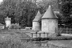 Parc J.J. Rousseau à Ermenonville (Philippe_28) Tags: 60 oise picardie france europe ermenonville château folie fabrique parc jjrousseau