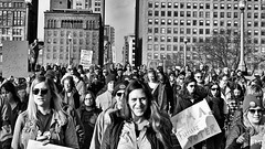 24 Hours in Chicago - #1 (draketoulouse) Tags: chicago loop womensmarch street streetphotography blackandwhite monochrome politic feminist feminism equality activism march city urban rights trump