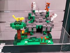 Toy Fair 2017 LEGO Minecraft 17 (IdleHandsBlog) Tags: minecraft toys videogames lego constructionsets toyfair2017