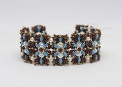 Aulea (BeeJang - Piratchada) Tags: beadweaving beading beadwork bracelet superduo brown blue turquoise pearl swarovski jewelry handmade