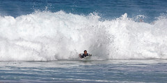 _N7A1898_DxO (dcstep) Tags: volcompipepro worldsurfleague bonzaipipeline bonsaipipeline northshore oahu hawaii canon5dmkiv ef500mmf4lisii ef14xtciii handheld allrightsreserved copyright2017davidcstephens surfing contest tournament ocean waves pipeline barrel copyrightregistered04222017 ecocase14949772801
