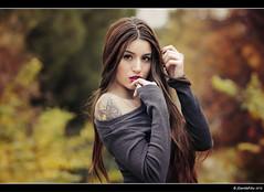 Elizabeth - 4/6 (Pogdorica) Tags: modelo sesion retrato posado otoño eli elizabeth parque pradolongo
