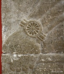 Detail of the relief slab depicting a standing palace official (Merja Attia) Tags: genie reliefslab kalhu nimrud marble treeoflife kingassurnasirhpalii assurnasirpaliiperiod mesopotamia assyrian iraq museum ancientorientmuseum istanbul turkey istanbularkeolojimüzeleri ancienthistory