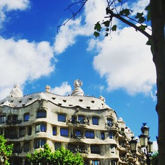Barcelona #spain #Europe #travelbug #travelblog #gaud... (chrimekawhite) Tags: barcelona trip travel clouds spain europe bluesky tourist wanderlust gaudi travelbug troubadour wanderer travelblog sunnyday backpackers picoftheday globetrotter sunnydays aroundtheworld gaud travelgram airbnb instatraveling uploaded:by=flickstagram instatravel incredibledestinations instagram:photo=10049532446459879371547655004