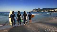 Surfistas na Praia de Ipanema - Rio de Janeiro Surfers at Ipanema Beach - Rio 2016 - Brasil  #Ipanema #PraiadeIpanema #Rio2016 #Rio450 (.**rickipanema**.) Tags: brazil beach rio brasil riodejaneiro surf cidademaravilhosa praiadeipanema ipanema doisirmos pedrabonita imagensdorio morrodoisirmos surfista ipanemabeach pedradagavea olympiccity rickipanema cidadeolimpica cidadedoriodejaneiro praiasdorio surfinrio rio2016 montanhasdorio praiasdoriodejaneiro praiascariocas imagensdoriodejaneiro riocidadeolmpica beachofriodejaneiro cidadedesosebastiaodoriodejaneiro montanhasdoriodejaneiro mountainsofriodejaneiro mountainsofrio surfandonorio rioemimagens beachesofrio imagensdeipanema beachofrio imagensdapraiadeipanema rio450 rio450anos rio450years surfistadeipanema