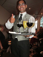 RCCL Oasis of the Seas Dazzler Waiter (Nancy D. Brown) Tags: drinks cocktails royalcaribbean waiter rccl dazzler oasisoftheseas