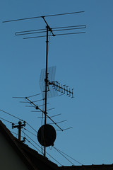 Is Anybody Out  There? (gripspix (OFF)) Tags: deutschland wires antenna sulz drhte badenwrttemberg antennen germanyy fischingen 20151029