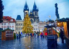 Christmas Market in Prague, Czech Republic (` Toshio ') Tags: toshio prague christmas czechrepublic czech europe european europeanunion oldtown churchofourladybeforetýn church square market christmastree fujixe2 xe2