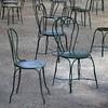 Haute société (Gerard Hermand) Tags: 1609054220 gerardhermand france bordeaux canon eos5dmarkii formatcarré musée beauxarts museum jardin garden chaise chair