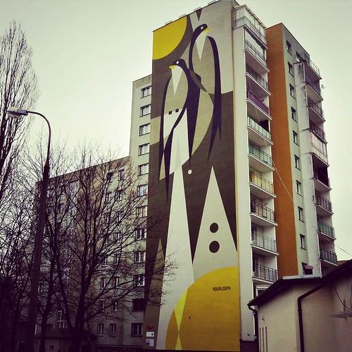 #Aqualoopa goes big with this #wall - #warsaw #Poland #streetart #graffiti #urbanart #graffitiart #urbanart_daily #graffitiart_daily #streetarteverywhere #streetart_daily #wallart #mural #ilovestreetart #igersstreetart #streetartpoland #putabirdonit @aqua
