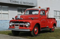 1951 Ford F-3 Tow Truck (Custom_Cab) Tags: htt 1951 ford f3 wrecker recovery red mundies towing towingandrecovery truck tow burnaby bc british columbia canada