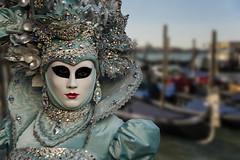 Venezia -Il Carnevale (Renato Pizzutti) Tags: veneto venezia carnevale maschere gondole rivadeglischiavoni nikon renatopizzutti