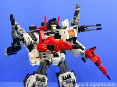j0298 (alanyuppie) Tags: transformers ultra base magnus autobot transform scamper slammer sixgun cybertron