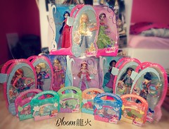 New Winx Dolls <3 (Bloom龍火) Tags: new stella flora digit kisses pixie bloom denim tune layla musa amore mattel piff ballgown newinbox dollcollection chatta lockette winxclub tecna