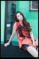 nEO_IMG_DP1U2415 (c0466art) Tags: street light portrait girl beautiful beauty face fashion female canon nose eyes asia pretty gorgeous lips charming shape 1dx c0466art