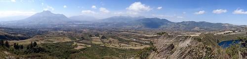 Vue sur la province d'Imbabura et ses volcans - Équateur