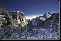 New Snow, Yosemite Valley (Daryl L. Hunter - Hole Picture Photo Safaris) Tags: california winter usa mountains landscape unitedstates bluesky alpine yosemitenationalpark geology sierranevada yosemitevalley freshsnow snowcoveredtrees tunnelview glacialvalley newsnow autumnsnow jaggedmountains snowladentrees