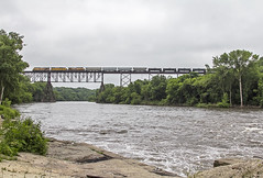 UP 6412 N MBOEA 12 FortDodge, IA (Slug96) Tags: railroad bridge canon river photography eos pacific fort union grain harvest trains iowa des dodge moise 60d