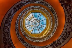 Vatican : L'escalier de Bramante (Didier Bottin) Tags: italy vatican rome architecture stairs cityscape bramante italie escaliers