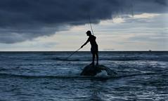 Signalman (Saint-Exupery) Tags: leica sunset atardecer fishermen srilanka pescadores weligama