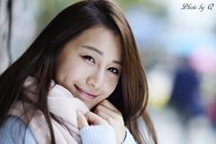 微笑み Smile (SU QING YUAN) Tags: smile face hair young model beauty beautiful cute girl female portrait a99 135za sonnart18135 zeiss bestportraitsaoi