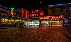Classic (daynawines) Tags: longexsposure night outside outdoor pikeplace market holiday lights